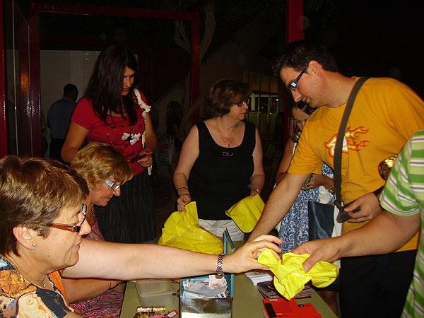 REPARTIRÁN MÁS DE 1.000 ALMOHADILLAS PARA ACOMODAR A LOS VECINOS EN LA SEMANA DEL TEATRO (2008), Foto 1