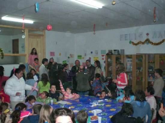 SE PONE EN MARCHA LA NUEVA EDUTECA DE LA PEDAN�A DE EL PARET�N-CANTAREROS, Foto 1