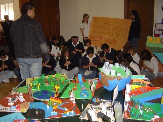 Inauguraci�n de la II Semana Solidaria Salvemos la Tierra del Colegio de la Milagrosa, Foto 2