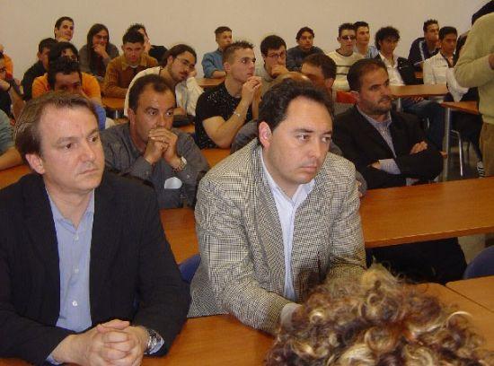 """Unos cincuenta alumnos concluyen su formación en los cinco módulos de la escuela-taller """"vivero de empresas"""" de Totana, Foto 2"""