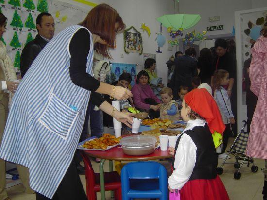 LOS CONCEJALES DE EDUCACIÓN E INFANCIA VISITAN LAS FIESTAS DE NAVIDAD DE LAS ESCUELAS INFANTILES DE TOTANA, Foto 3