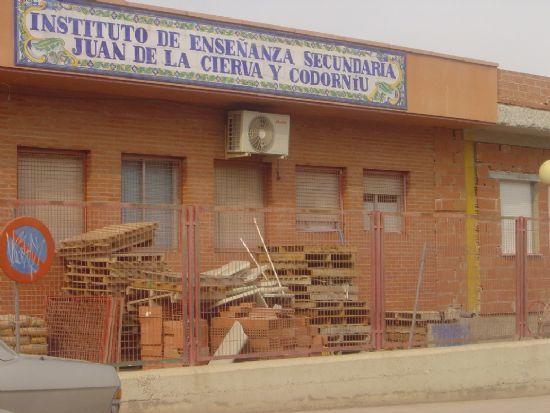 EL IES JUAN DE LA CIERVA  DE TOTANA ALBERGAR� LA NUEVA EXTENSI�N DE LA ESCUELA OFICIAL DE IDIOMAS DE LORCA, Foto 1