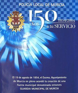Una exposición en el Puente de Hierro recorrió los 150 años de historia de la Policía Local de Murcia, Foto 1