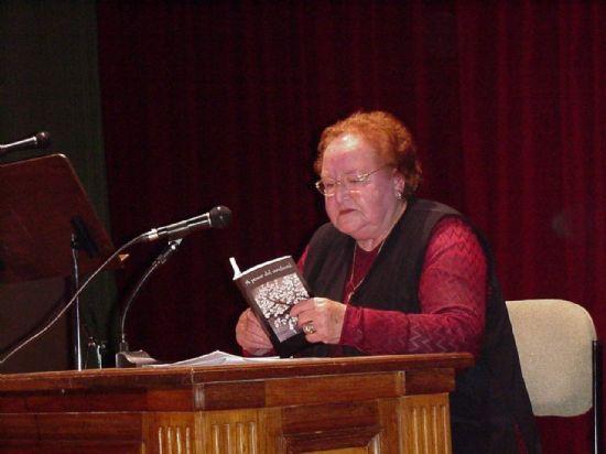 La Concejal de Cultura hace p�blico el fallo del certamen literario La C�rcel en el recital de poes�a de Caja de Semillas, Foto 2