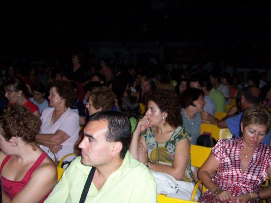 """CALUROSA ACOGIDA DEL PÚBLICO ASISTENTE A LA PUESTA EN ESCENA DE """"PA-GAG-NINI"""", UNA OBRA DE LA RECONOCIDA COMPAÑÍA DE TEATRO """"YLLANA"""", Foto 5"""