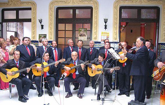 El grupo Amigos de la habanera present� su segundo disco, Foto 1