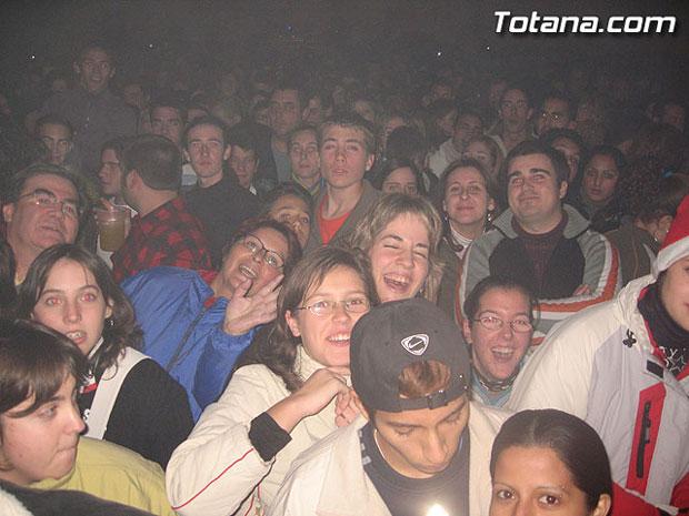"""MÁS DE 2.000 PERSONAS ASISTEN AL CONCIERTO DE """"LA OREJA DE VAN GOGH"""", EL MÁS MULTITUDINARIO DE ESTAS FIESTAS DE SANTA EULALIA 2006, Foto 1"""