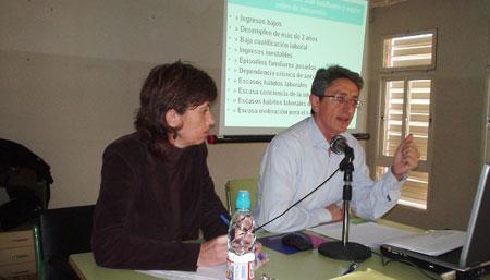 DOSCIENTOS ASISTENTES EN LORCA AL ENCUENTRO DE CARGOS P�BLICOS DE IU, Foto 3