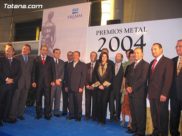 Varios cientos de personas acudieron a la gala de entrega de los premios del metal, Foto 1