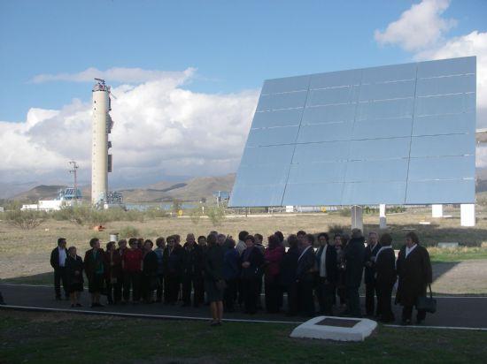 LA OMIC ORGANIZA UNA JORNADA DE FORMACI�N SOBRE ENERG�AS RENOVABLES A CONSUMIDORES ADULTOS EN LA PLATAFORMA SOLAR DE TABERNAS (ALMER�A), Foto 3