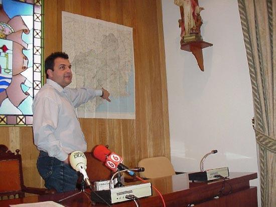 IZQUIERDA UNIDA DE TOTANA VA A SOLICITAR UNA COMISI�N DE INVESTIGACI�N ACERCA DEL CONVENIO URBAN�STICO DE LA TIRA DEL LIENZO POR AUMENTO IL�CITO DE 800 VIVIENDAS A CONSTRUIR LO QUE VA A PROVEER BENEFICIOS MILLONARIOS IRREGULARES, Foto 1