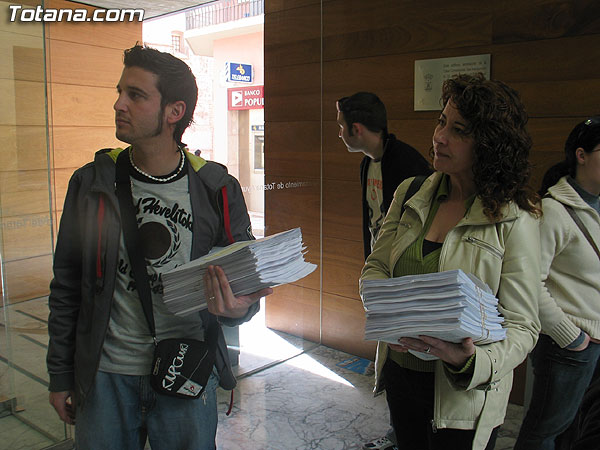 CEBAG PRESENTA MAS DE 2.000 ALEGACIONES AL P.G.M.O. DE TOTANA, Foto 1