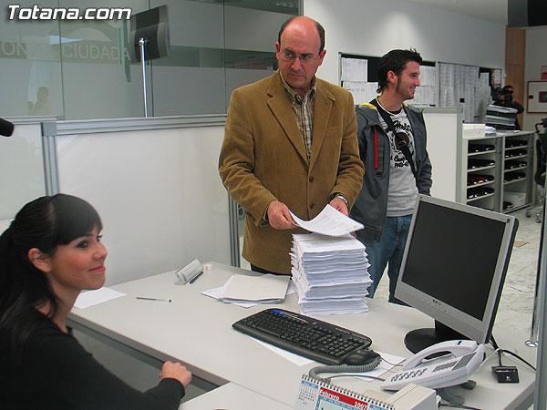 CEBAG PRESENTA MAS DE 2.000 ALEGACIONES AL P.G.M.O. DE TOTANA, Foto 2