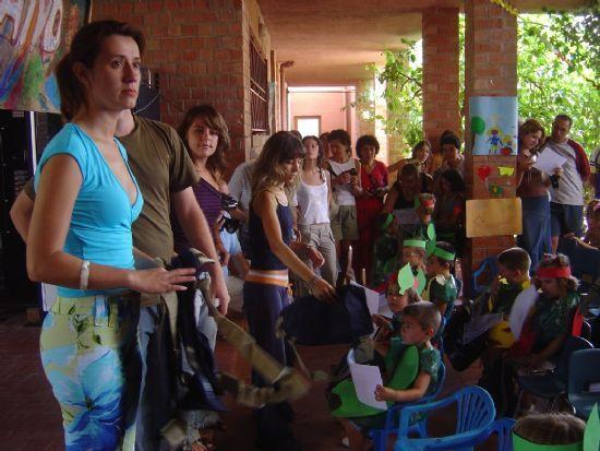 UNOS 150 NIÑOS PARTICIPAN EN LAS ESCUELAS DE VERANO QUE SE HAN CELEBRADO EN JULIO EN LOS COLEGIOS REINA SOFÍA, TIERNO GALVÁN Y SANTIAGO, Foto 1