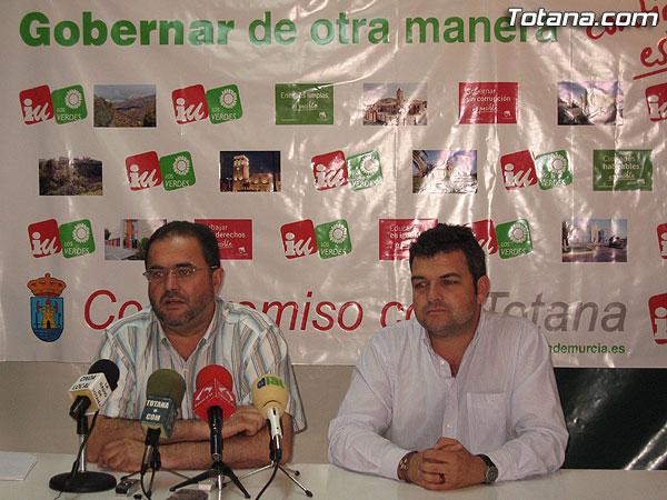 IU + LOS VERDES OFRECI� UNA RUEDA DE PRENSA PARA HACER UNA VALORACI�N DE LOS RESULTADOS ELECTORALES, Foto 1