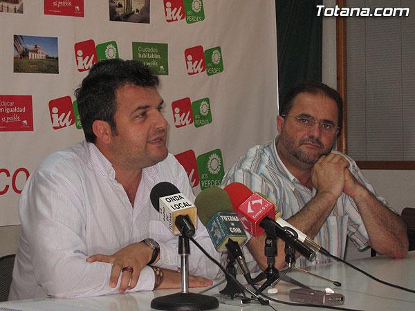 IU + LOS VERDES OFRECI� UNA RUEDA DE PRENSA PARA HACER UNA VALORACI�N DE LOS RESULTADOS ELECTORALES, Foto 2