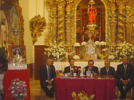 FUNDACIÓN LA SANTA Y AYUNTAMIENTO PRESENTAN MONEDA CONMEMORATIVA JUBILAR, PROGRAMA ACTOS RELIGIOSOS Y NUEVO MAYORDOMO   , Foto 1