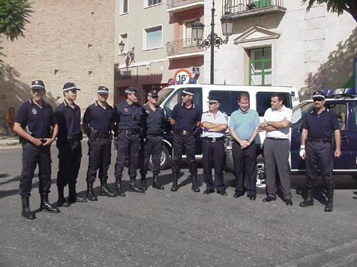 La nueva patrulla de seguridad ciudadana de la polic�a local requisa 46 veh�culos durante el primer mes de intervenci�n desde su creaci�n, Foto 1