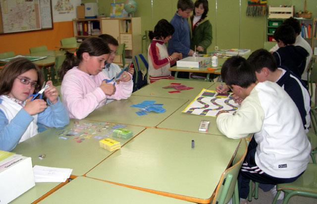"""LA CONCEJALÍA DE EDUCACIÓN FELICITA AL COLEGIO """"TIERNO GALVÁN"""" POR SUS ÉXITOS EN LA CONVOCATORIA DE LOS PREMIOS """"CONSUMÓPOLIS"""" QUE OTORGA LA COMUNIDAD AUTÓNOMA  (2006) - 31"""