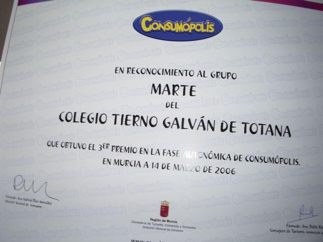 """LA CONCEJALÍA DE EDUCACIÓN FELICITA AL COLEGIO """"TIERNO GALVÁN"""" POR SUS ÉXITOS EN LA CONVOCATORIA DE LOS PREMIOS """"CONSUMÓPOLIS"""" QUE OTORGA LA COMUNIDAD AUTÓNOMA  (2006) - 45"""