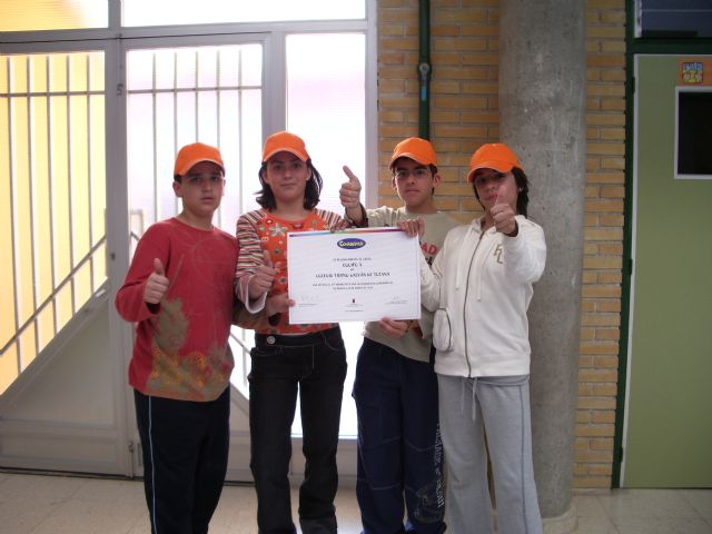 """LA CONCEJALÍA DE EDUCACIÓN FELICITA AL COLEGIO """"TIERNO GALVÁN"""" POR SUS ÉXITOS EN LA CONVOCATORIA DE LOS PREMIOS """"CONSUMÓPOLIS"""" QUE OTORGA LA COMUNIDAD AUTÓNOMA  (2006) - 51"""