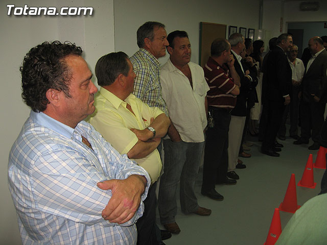 AUTORIDADES LOCALES INAUGURAN UNA GALER�A DE TIRO DE ARMAS NEUM�TICAS EN LOS S�TANOS DE LA PISCINA MUNICIPAL CUBIERTA - 6