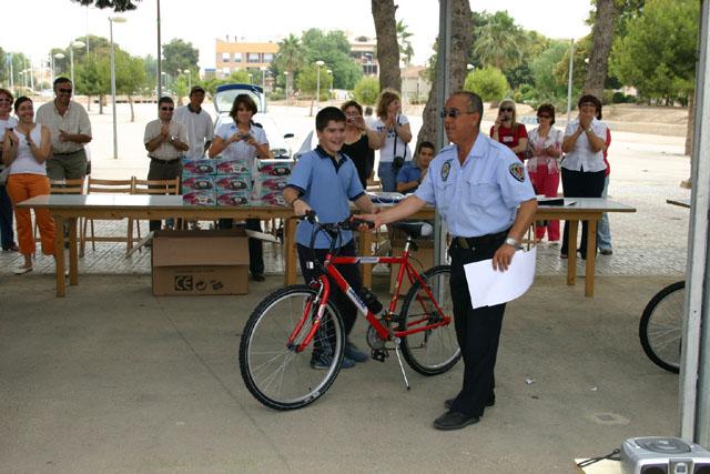 LOS ALUMNOS DEL EQUIPO DE EDUCACI�N VIAL DE TOTANA SON HOMENAJEADOS EN LA CLAUSURA DEL CURSO EN TORRE PACHECO - 2