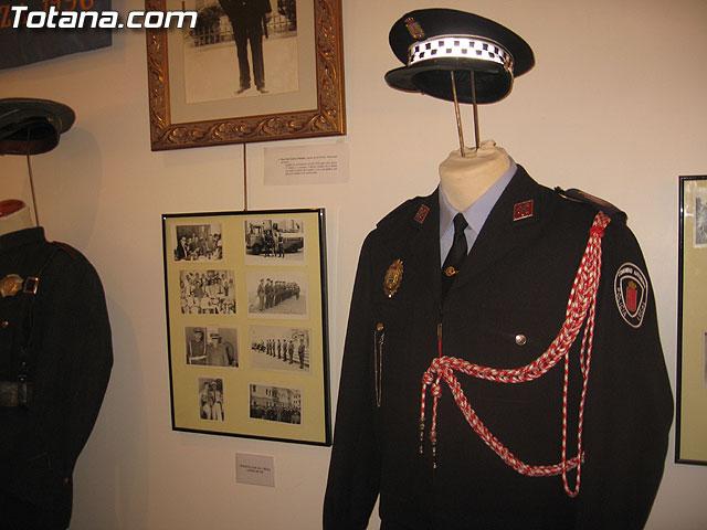 TOTANA.COM Y LA POLICÍA LOCAL DE TOTANA ASISTEN AL ACTO DE INAUGURACIÓN DE LA I EXPOSICIÓN DE MATERIAL POLICIAL DE LA POLICÍA LOCAL DE CIEZA - 13