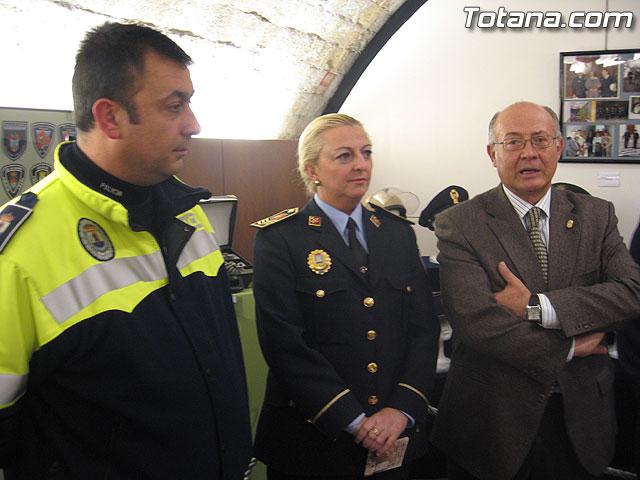 TOTANA.COM Y LA POLICÍA LOCAL DE TOTANA ASISTEN AL ACTO DE INAUGURACIÓN DE LA I EXPOSICIÓN DE MATERIAL POLICIAL DE LA POLICÍA LOCAL DE CIEZA - 30