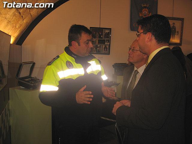 TOTANA.COM Y LA POLICÍA LOCAL DE TOTANA ASISTEN AL ACTO DE INAUGURACIÓN DE LA I EXPOSICIÓN DE MATERIAL POLICIAL DE LA POLICÍA LOCAL DE CIEZA - 33