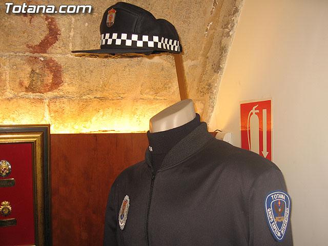 TOTANA.COM Y LA POLICÍA LOCAL DE TOTANA ASISTEN AL ACTO DE INAUGURACIÓN DE LA I EXPOSICIÓN DE MATERIAL POLICIAL DE LA POLICÍA LOCAL DE CIEZA - 37