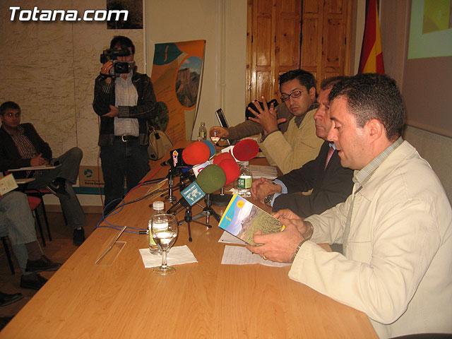 LOS AMANTES DE LA NATURALEZA YA DISPONEN DE NUEVAS RUTAS ACONDICIONADAS EN LOS 11 SENDEROS NATURALES DEL PARQUE REGIONAL SIERRA ESPUÑA - 12