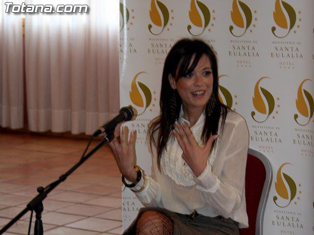 LAS CANDIDATAS A LA CORONA DE MISS MURCIA 2006 ESTUVIERON EN EL HOTEL DE LA SANTA, EN TOTANA - 24