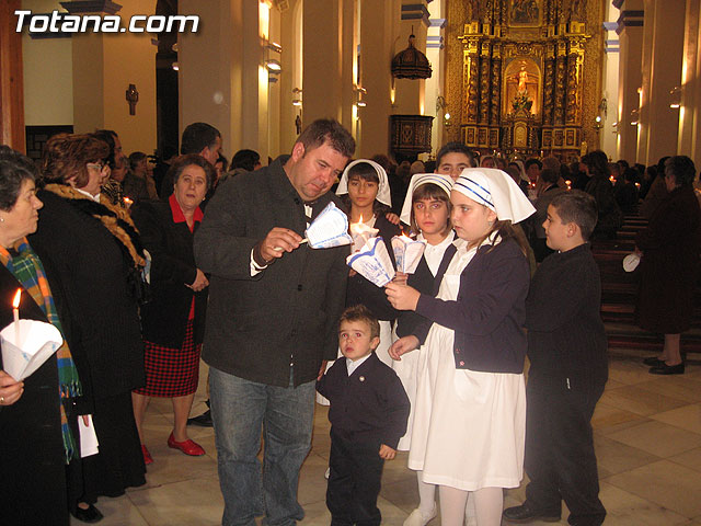 NUMEROSAS PERSONAS PARTICIPARON EL PASADO S�BADO 10 DE FEBRERO EN UNA PROCESI�N EN HONOR A LA VIRGEN DE LOURDES - 16