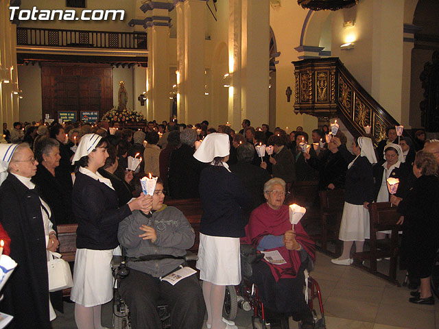 NUMEROSAS PERSONAS PARTICIPARON EL PASADO S�BADO 10 DE FEBRERO EN UNA PROCESI�N EN HONOR A LA VIRGEN DE LOURDES - 53