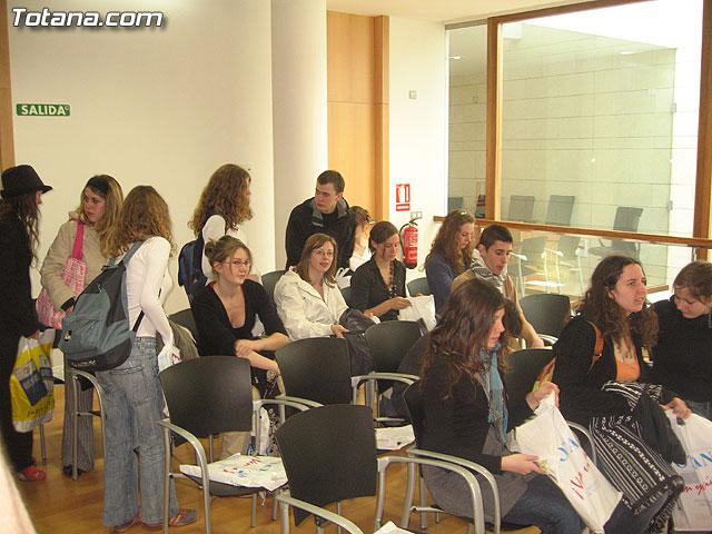 SE OFRECE UNA RECEPCI�N INSTITUCIONAL A 50 ALUMNOS FRANCESES QUE EST�N DE INTERCAMBIO EN TOTANA - 2