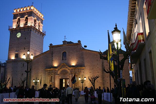Traslado del Santo Sepulcro desde su sede a la Parroquia de Santiago. Totana 2010 - 223