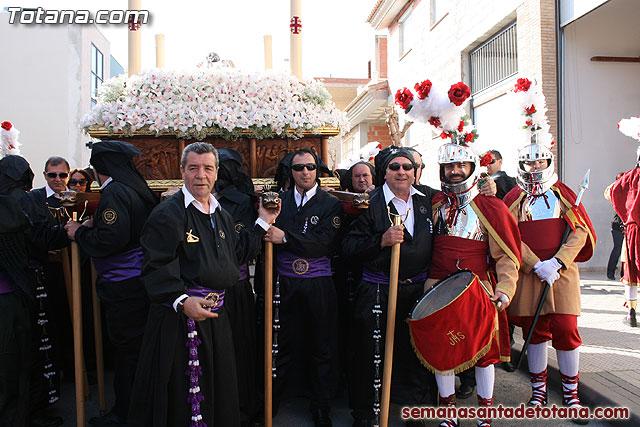Traslado del Santo Sepulcro desde su sede a la Parroquia de Santiago. Totana 2010 - 36