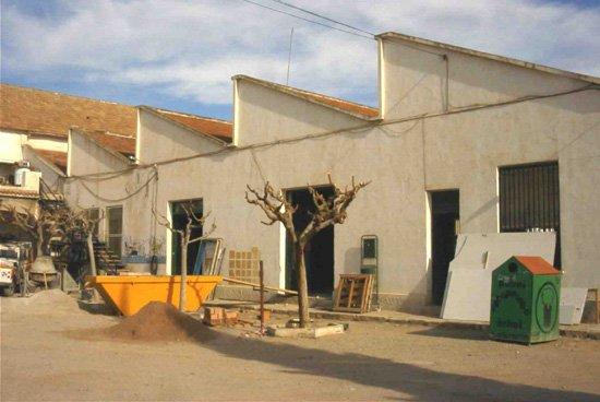 Las obras del antiguo instituto de bachillerato marchan a buen ritmo, Foto 1