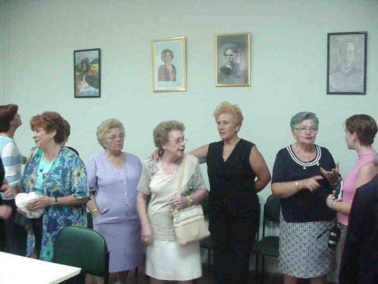 Bailes, exposiciones y excursiones conforman el programa de las fiestas para la tercera edad que se celebran estos días, Foto 2