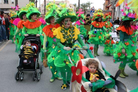 Más de dos mil personas participaron en el desfile de carnaval infantil el 24 de febrero, Foto 2