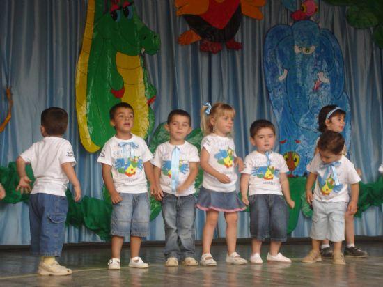 Los más pequeños también celebran sus fiestas de final de curso, Foto 1