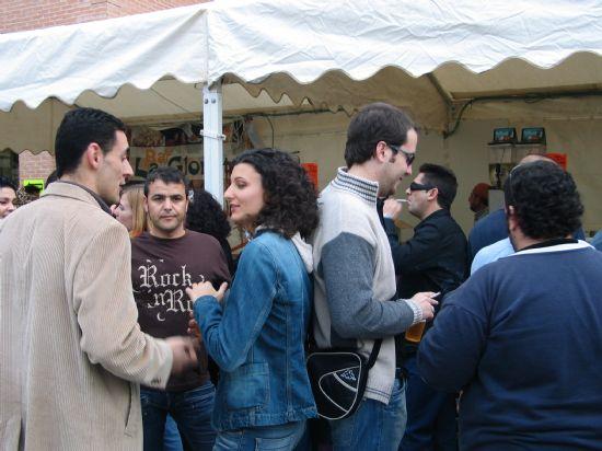 La Feria de Día se convierte estos días en el centro de reunión de vecinos y visitantes para tomarse algo, Foto 3