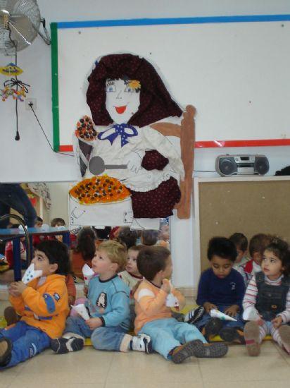 "Los alumnos de la ""Carmen Baró"" celebraron la Fiesta de la Castaña, Foto 3"