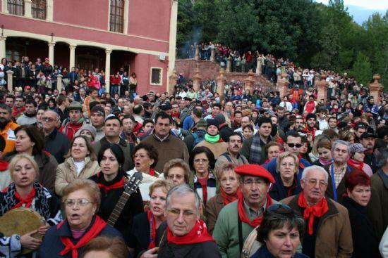 Santa Eulalia de Mérida bajó el 8 de diciembre desde su ermita acompañada por alrededor de 10.000 personas, Foto 2