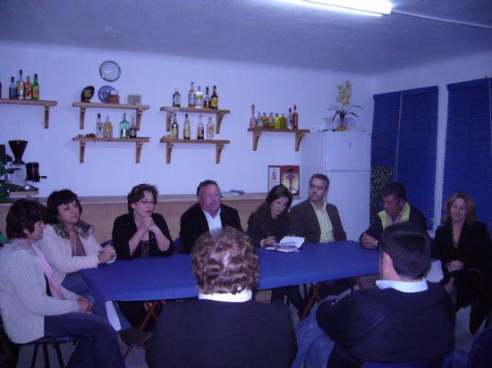 """Las asociaciones """"Empecemos a caminar"""" y """"Mujeres Rurales del Raiguero"""" organizan una mesa redonda por el Día de la Mujer, Foto 2"""