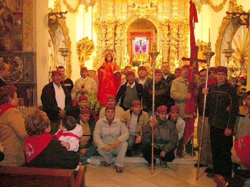 La lluvia acompañó a Santa Eulalia de Mérida en su tradicional bajada de su santuario, Foto 2