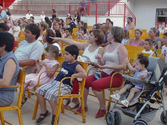 Numerosos niños asistieron al V Festival de Títeres y Marionetas, Foto 1