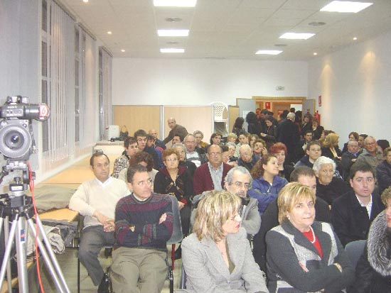 MIFITO y Ayuntamiento rinden homenaje a título póstumo a Fernanda María Carmona, Foto 4