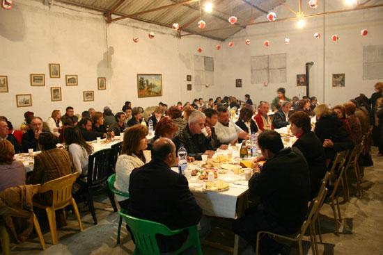 La Asociación de Amas de Casa de la pedanía de Lébor celebró una cena de convivencia, Foto 1